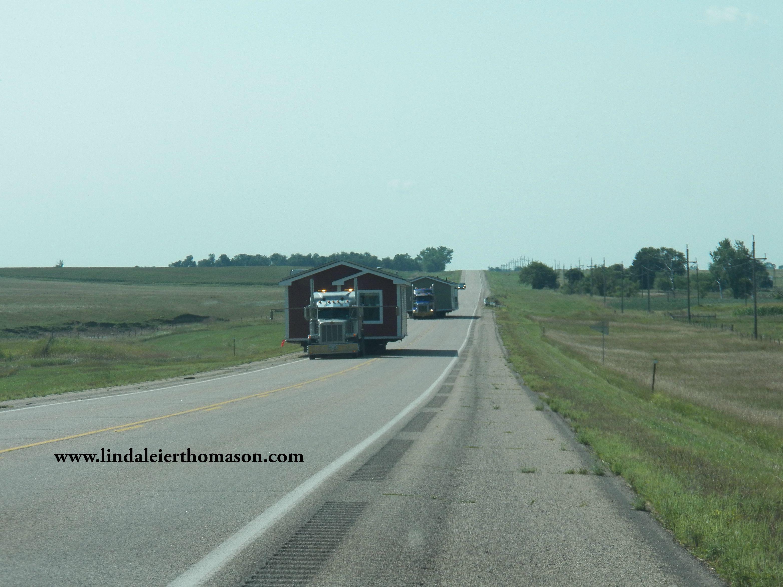 trailers hwy 11